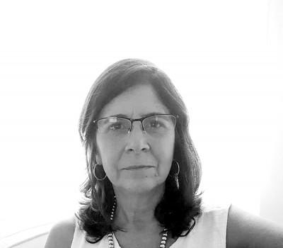 Ana Claudia  Wittich