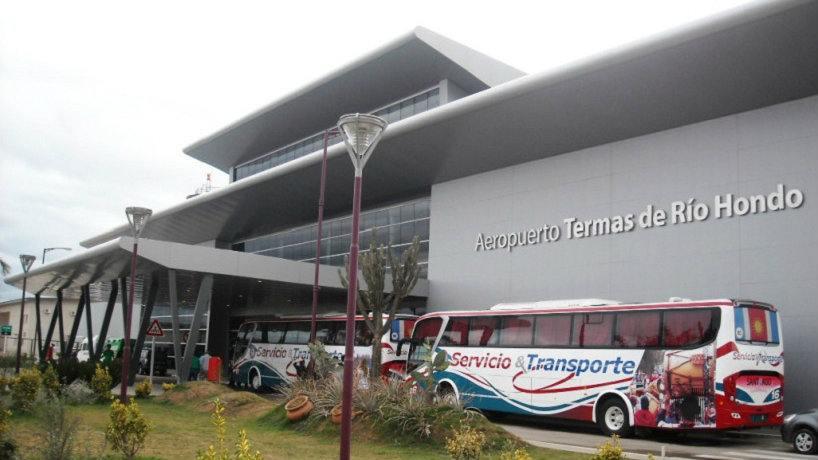 El aeropuerto de Termas tambien cerrado por esta semana