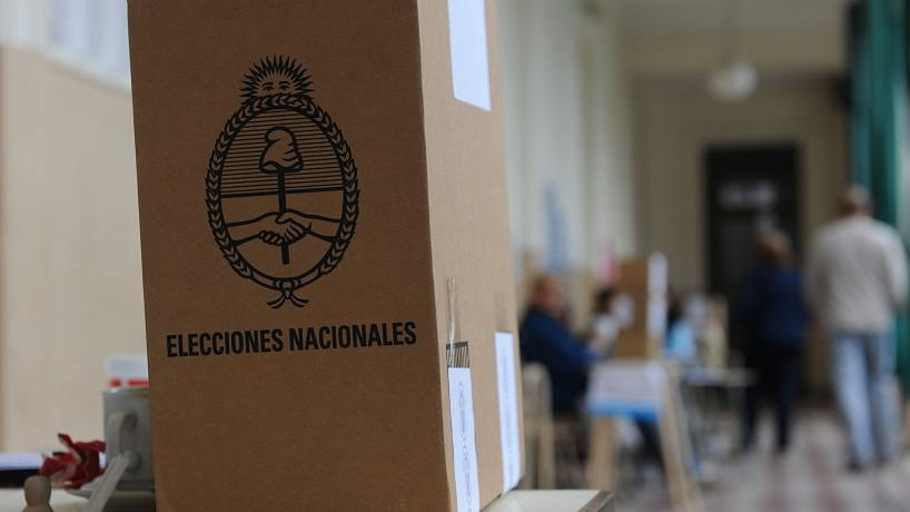 Modifican el Código Electoral Nacional para reducir trámites
