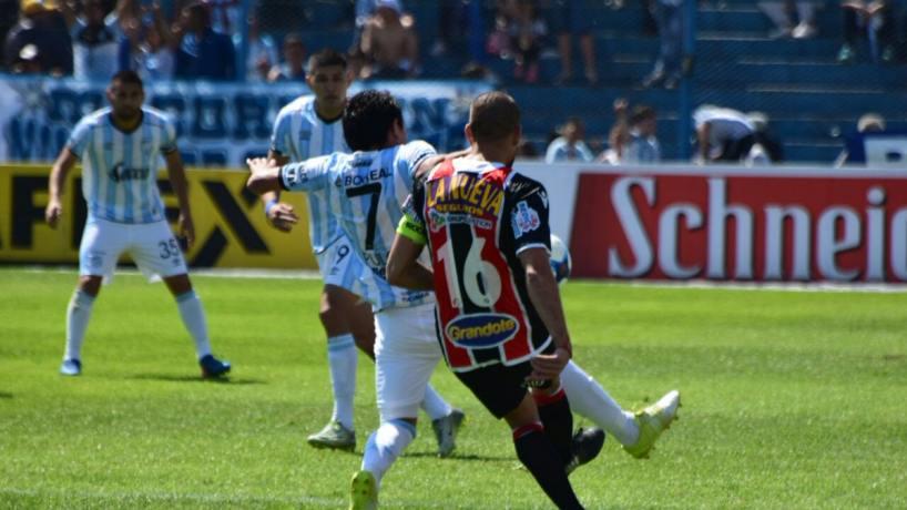 Atlético Tucumán inició su gira antes de visitar a Patronato — Fútbol