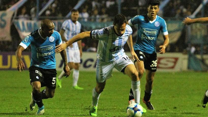 Atlético Tucumán y Sarmiento juegan en Salta