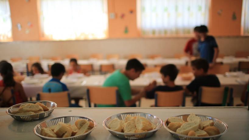 Abren los comedores escolares para recibir a más de 50 mil chicos ...
