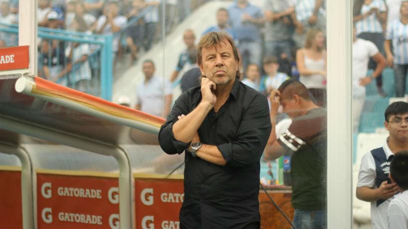 Atlético Tucumán le dio otro golpe a Gimnasia en el Bosque