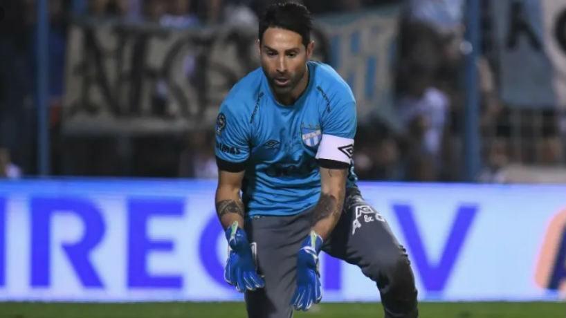 Huracán y Atlético Tucumán empataron sin goles en Parque de los Patricios