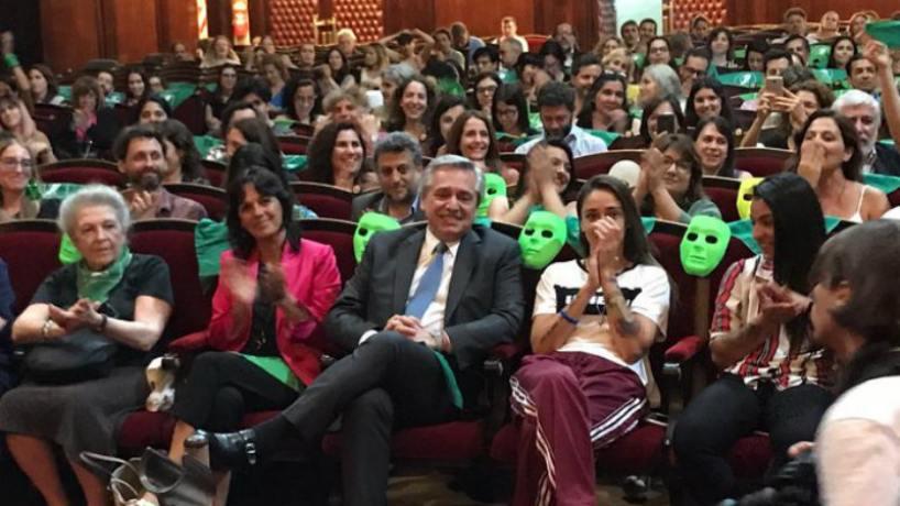 Fernández enviará un proyecto de ley para despenalizar el aborto