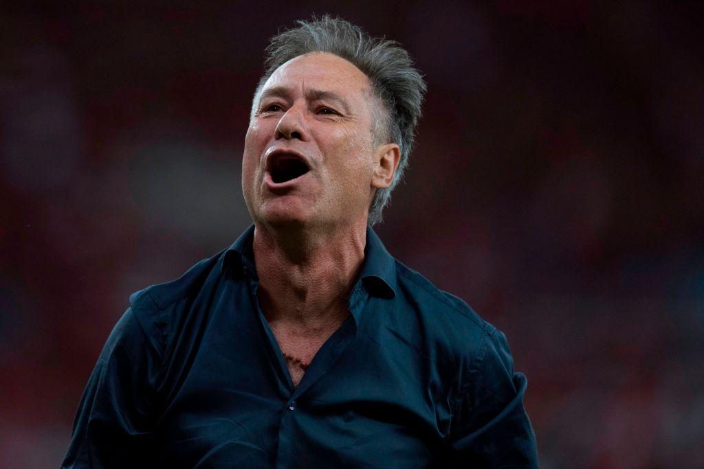 Presidente de Independiente cree que Ariel Holan no se marchará del equipo