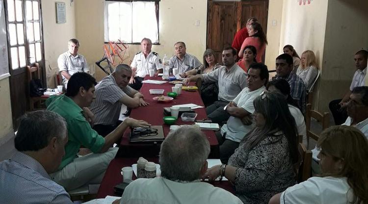 Reunión en Lamadrid. Foto: Sec de Comunicación Pública